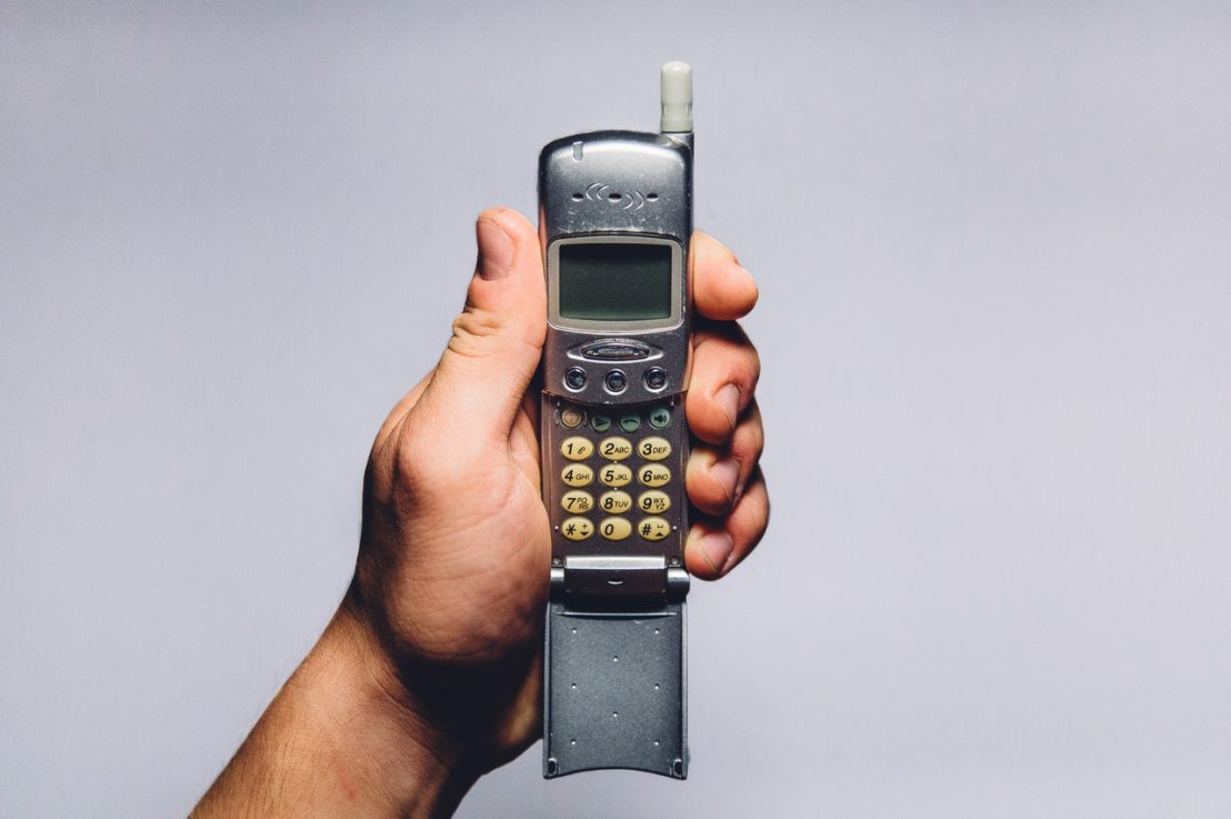 Cellphone Evolution, History of the Cellphone [INFOGRAPHIC]